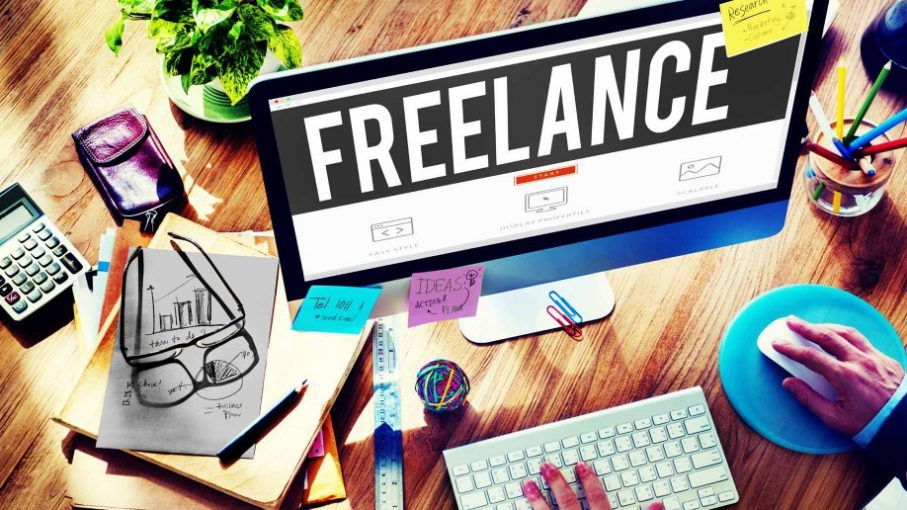 freelance-computer-918x516-e1505133651372.jpg